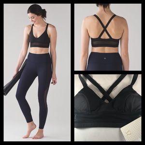 Sold NWT Lululemon Body Con padded Bra size 4